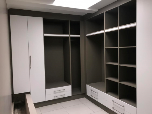 Cabinetry Dressing Room - Copy